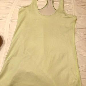 Small lululemon tank